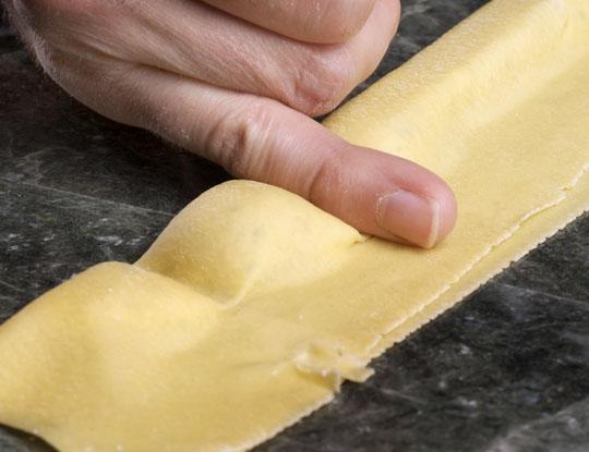 Sealing the pasta